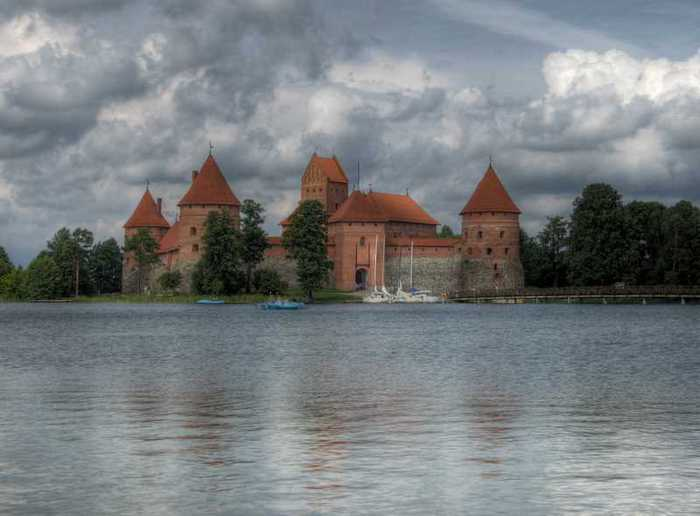 Тракайский замок недалеко от Вильнюса 48006
