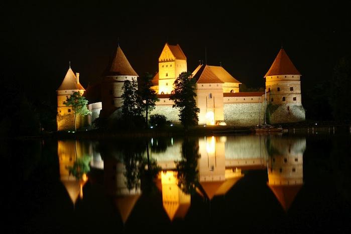 Тракайский замок недалеко от Вильнюса 70636