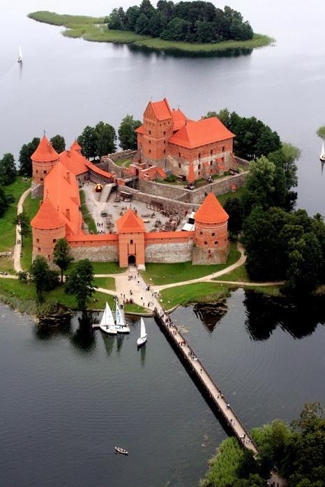Тракайский замок недалеко от Вильнюса 62359