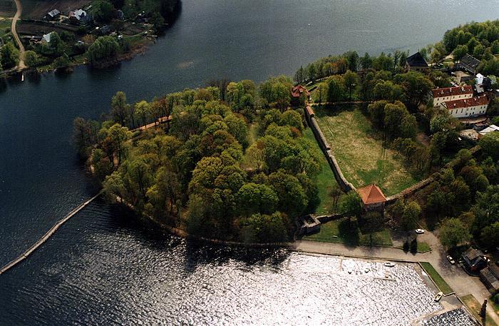 Тракайский замок недалеко от Вильнюса 16194