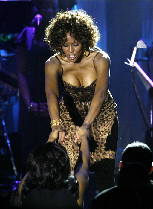 Whitney Houston 01 (512x700, 366Kb)