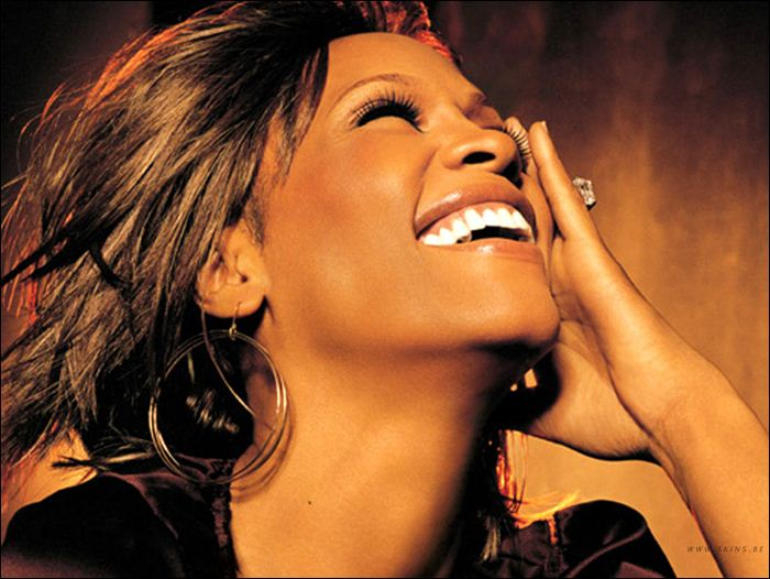 Whitney Houston 03 (700x526, 63Kb)