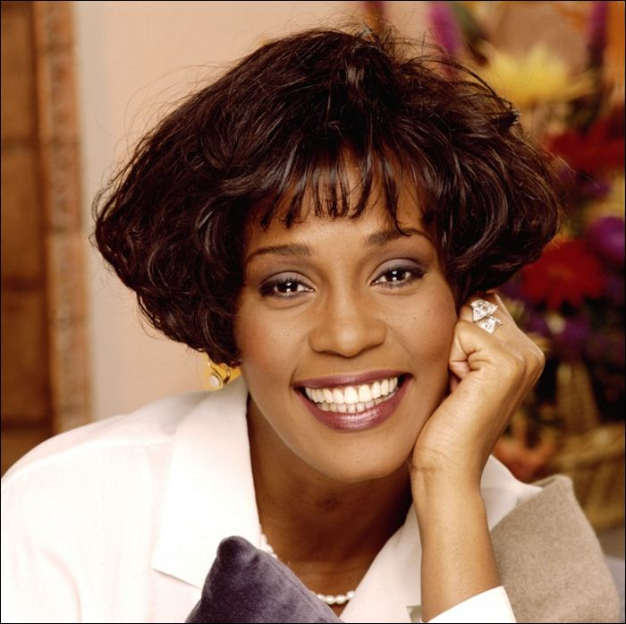 Whitney Houston 11 (700x697, 66Kb)