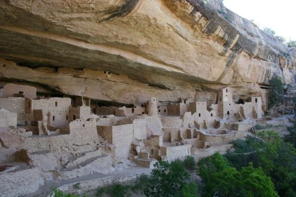 Необычные и красивые города на скалах - Меса Верде 3 (600x400, 73Kb)