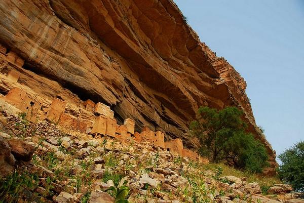 Необычные и красивые города на скалах - Нагорье Бандиагара 3 (600x401, 103Kb)
