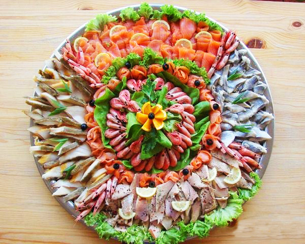 красивое оформление блюд на праздничном столе задачи, которые