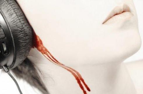 bleeding_ears (490x322, 13Kb)