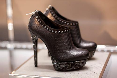модная и стильная обувь 2012