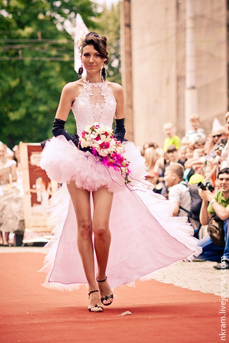 Одесский парад невест 4 (466x700, 357Kb)