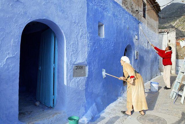 В голубом этот город всплыл, Чистота или утро в нем. 24979