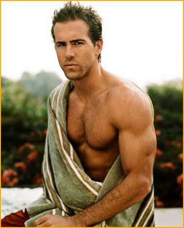 200810_ryan-reynolds-1 (378x469, 21Kb)