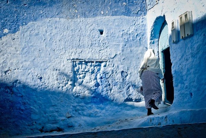 В голубом этот город всплыл, Чистота или утро в нем. 56001