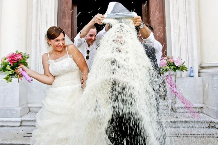 Смешные и веселые свадебные фотографии. Фотографии