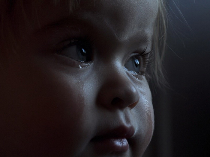 Слёзы ребёнка (700x525, 76Kb)