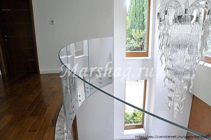 стеклянная лестница маршаг (90) (700x465, 236Kb)