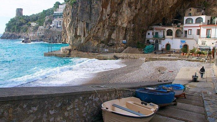 итальянская деревня фуроре 5 (700x393, 300Kb)