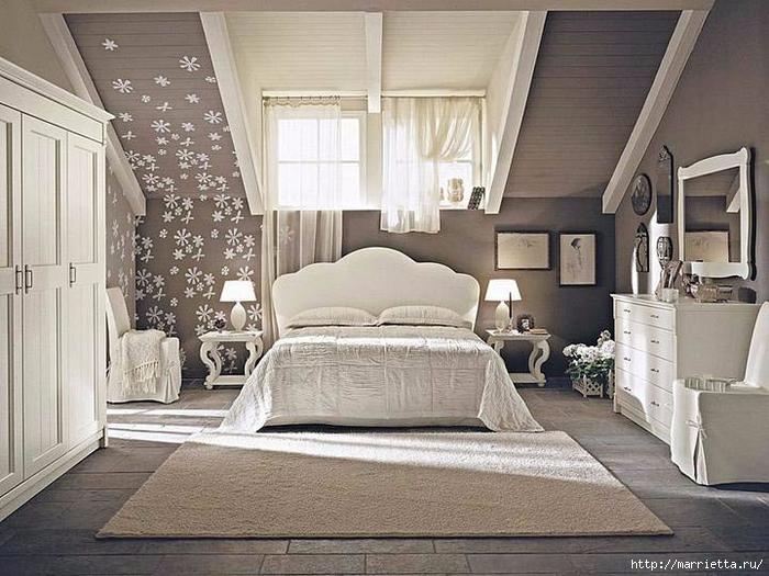 Интерьер спальни в мансарде (9) (700x525, 286Kb)