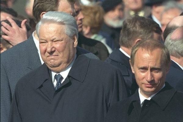 Борис НЕМЦОВ  Как Путин стал преемником (600x400, 140Kb)