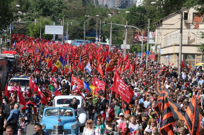 Молдавия щелкнула по носу Порошенко  (699x465, 494Kb)