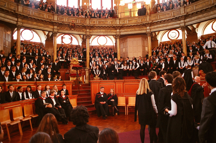 Oxford_Matriculation_2003 (700x464, 503kb)