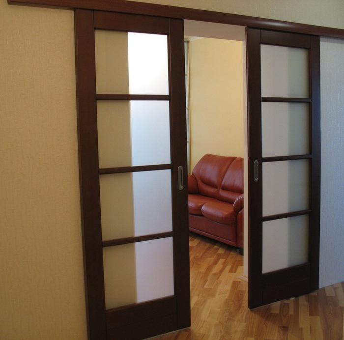 двойная раздвижная дверь купе (700x692, 87Kb)