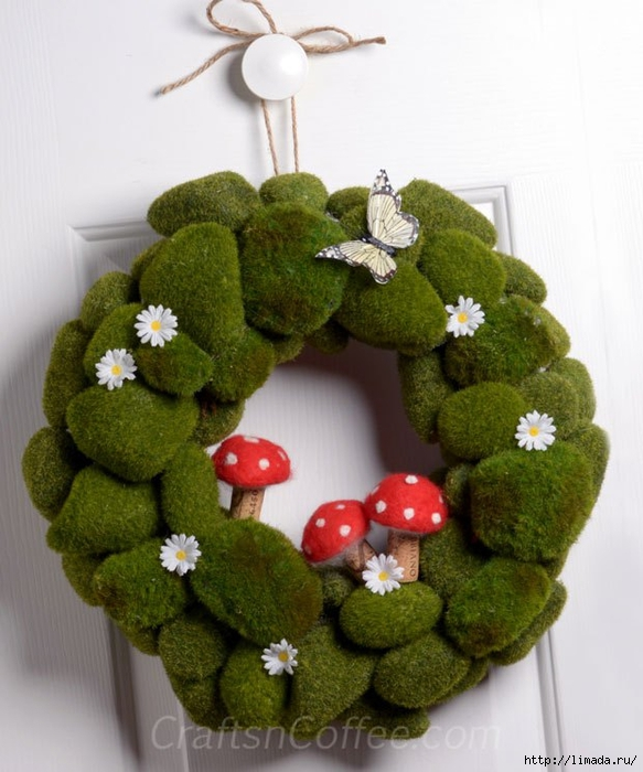 moss-mushroom-spring-wrea (583x700, 250Kb)