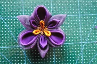 Tutorial-floare-de-iris-matase-organza-31-400x264 (400x264, 154Kb)