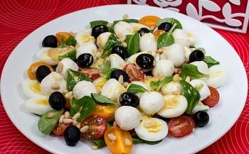 1355758025_novogodnij-recept-salata-milye-kroshki (350x217, 47Kb)