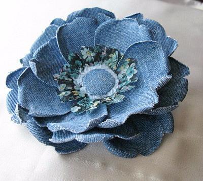 Как сделать цветок из старых джинс