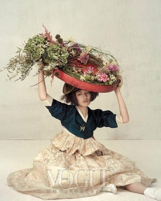 модная фотосессия Vogue Корея 5 (550x685, 243Kb)