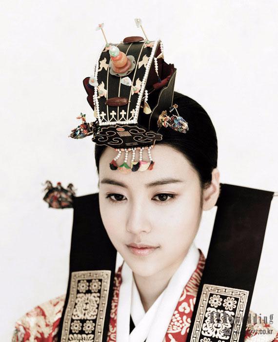 модная фотосессия Vogue Корея 10 (570x700, 224Kb)