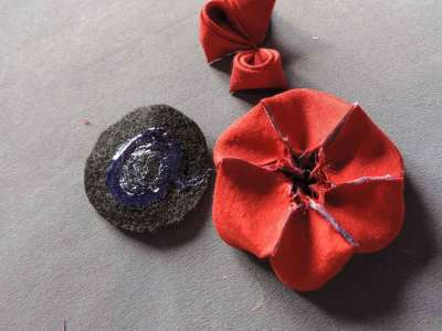 Tutorial-bujori-flori-kanzashi-pasul-11-400x300 (400x300, 72Kb)