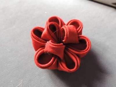 Tutorial-bujori-flori-kanzashi-pasul-14-400x300 (400x300, 61Kb)