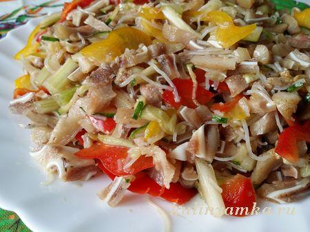 salat_iz_svinykh_ushei_po_kitaiski_12 (450x337, 79Kb)
