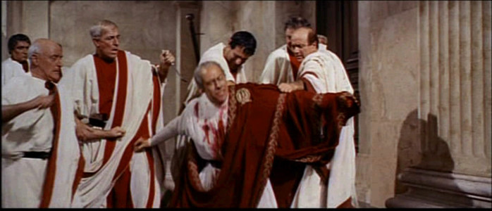 1963_Cleopatra_trailer_screenshot_(47) (700x300, 56Kb)