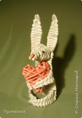Плетение из газет. Заяц с сердцем (334x480, 113Kb)