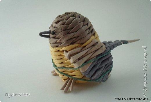 Плетение из газетных трубочек. Птичка СИНИЧКА (24) (520x352, 68Kb)