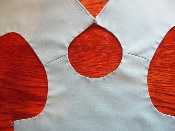 Как сшить подкладку для детского платья