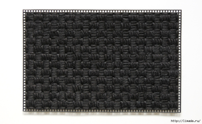 floral-plastic-canvas-clutch-step-two (700x432, 206Kb)