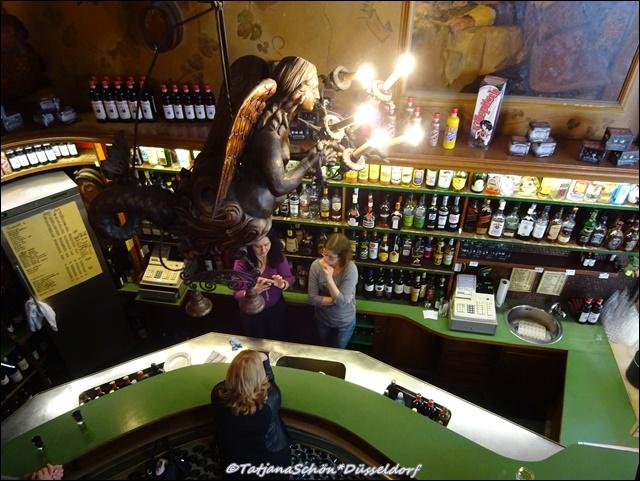 Самый маленький бар в Дюссельдорфе