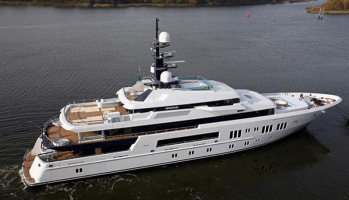 Фото 11 новых роскошных яхт российских миллиардеров