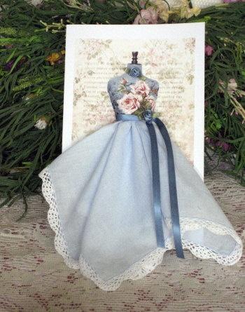 Винтажные открытки с дамами в юбках из носовых платков (17) (350x445, 157Kb)