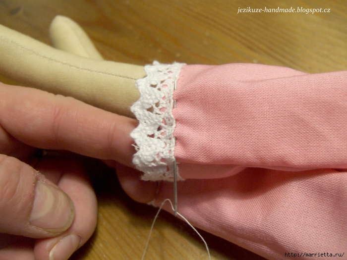 Мастер-класс по пошиву текстильной куклы (34) (700x525, 269Kb)
