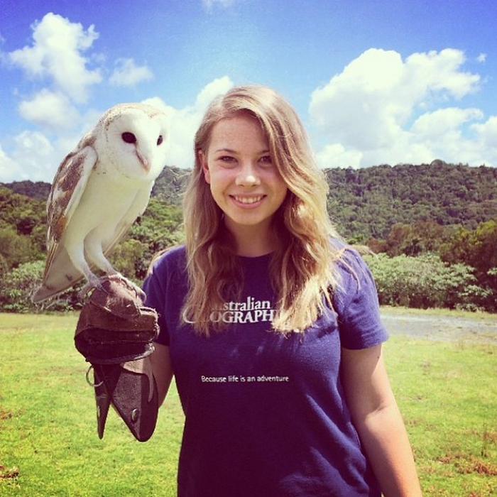 Bindi Irwin Photo 17 (700x700, 469Kb)