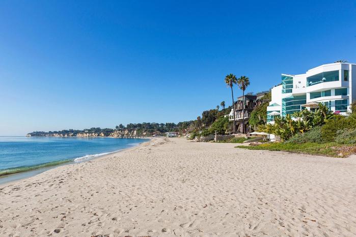 роскошный дом на пляже в малибу 15 (700x466, 323Kb)