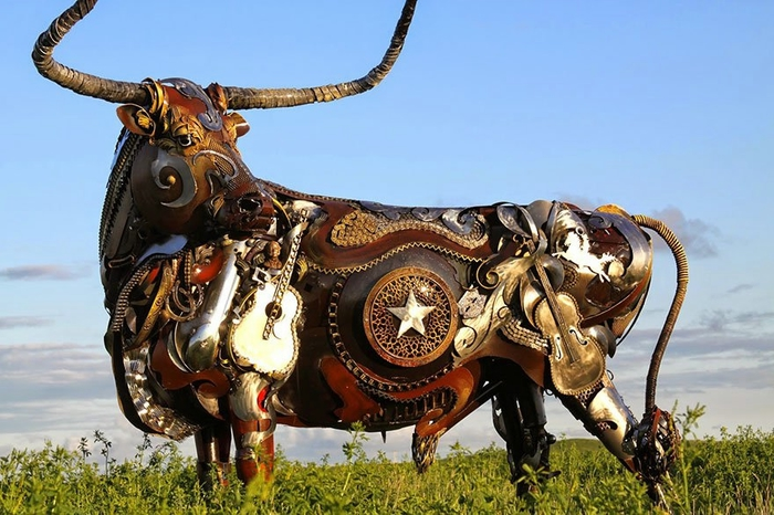 welded-scrap-metal-sculptures-john-lopez-8 (700x466, 252Kb)