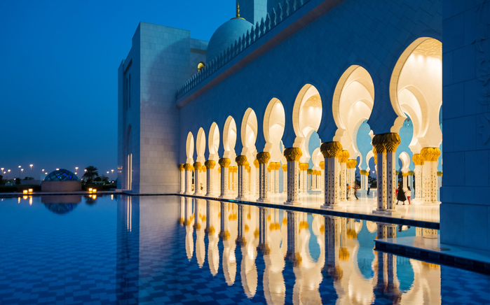 Blue Hour - The Sheikh Zayed Grand Mosqu (700x436, 344Kb)