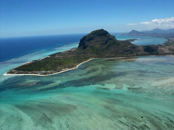 подводный-водопад-остров-маврикий-5- (600x450, 214Kb)