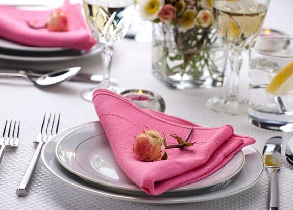 servirovka-stol-roza-cvetok (574x412, 195Kb)