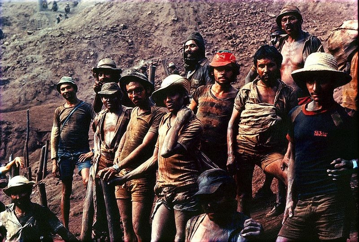 Gold Rush na foto Serra Pelada 5 (700x471, 470kb)